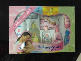 Jhonson Babu gift set