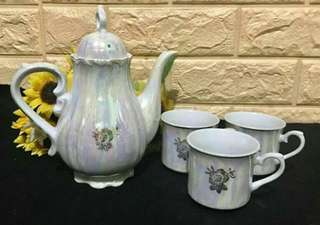 Pearlized Tea Set
