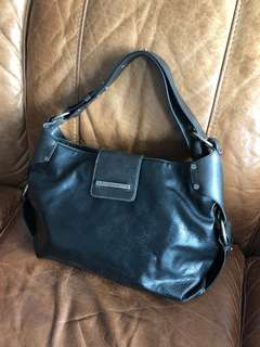 Matt & Nat Black Vegan Leather Shoulder Bag