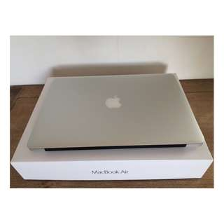 APPLE MacBook Air 13 i5-1.6 8G 256G 高容量 近全新 電池僅29次