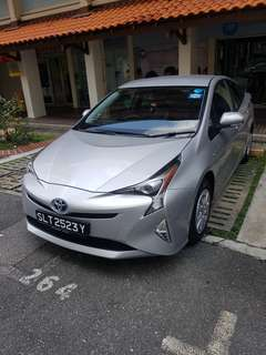 10 months old Toyota prius 1.8