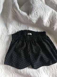 One size shorts