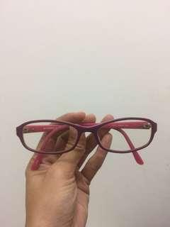 Kacamata minus 2