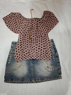 Off shoulder polka dots top