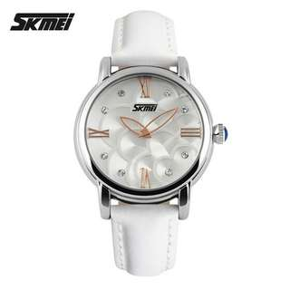 SKMEI 9095 Camellia Quartz Wristwatch