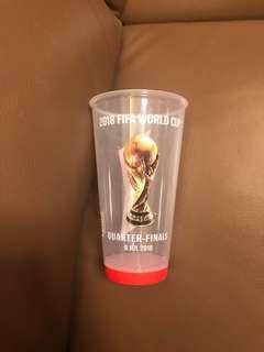 俄羅斯世界盃世界杯2018八強巴西對比利時亮燈紀念杯