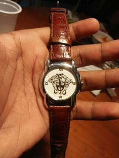 Authentic watch versace