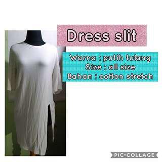 Dress slit
