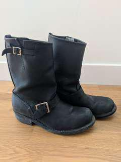 frye engineer boots - size 8
