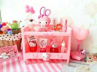Hello Kitty Layer Organizer