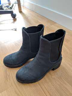 michael kors boots - 7.5