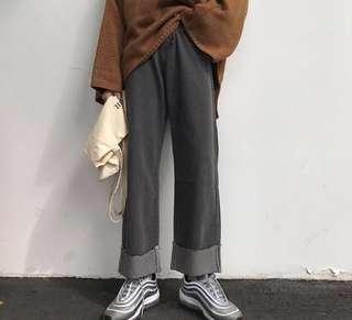 捲邊直筒牛仔褲