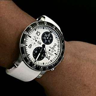 Fortis B-42 Stratoliner chronograph white automatic watch