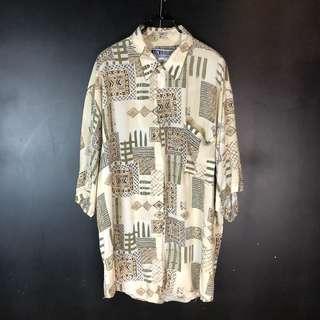 🚚 古著米黃色圖騰拼接方塊線條短袖襯衫