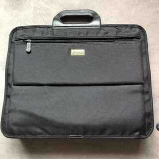 Targus Laptop Bag (New)