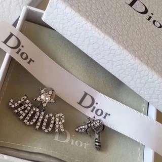 Dior耳釘