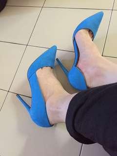 🚚 英國ASOS神美天藍色麂皮尖頭高跟鞋 側邊挖空 爆瘦款 顯腿長 楦寬好穿
