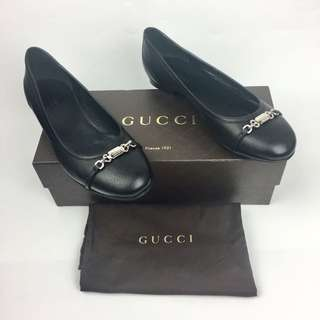 Authentic GUCCI Flats [Size 8]