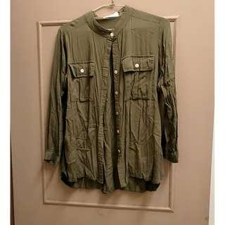 軍綠麻質襯衫