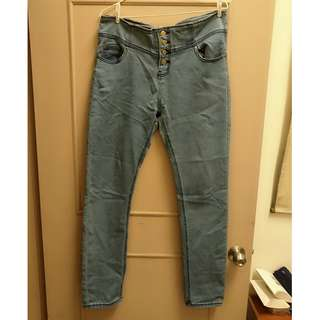 高腰排扣淺色牛仔褲3L