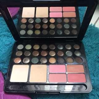 MAC Make Up Kit