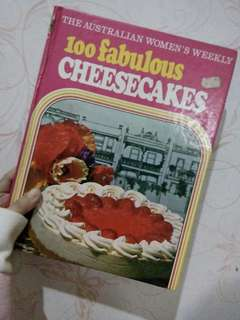 100 Fabulous Cheesecakes Recipe Book