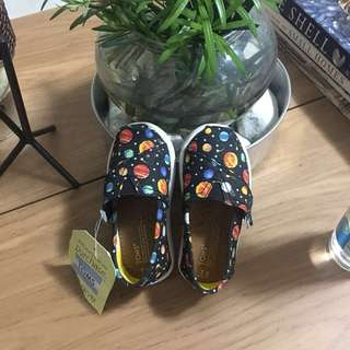 Toms Classic Shoes For Toddlers Planet Glow In The Dark