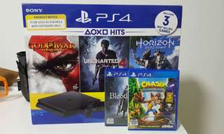 PS4 w/ 5 games