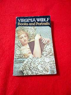 Virginia Woolf's Books & Portraits