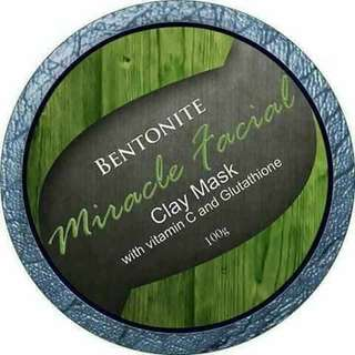 Bentonite Miracle Facial Clay Mask