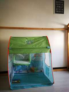 Kids playhouse