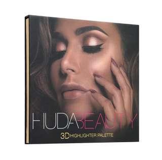 🌸 Huda Beauty 3D Highlighter Palette - Golden Sand