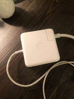 Apple MacBook Pro Battery Pack charger