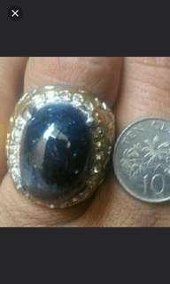Blue sapphire ( bigsize stone)
