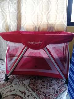 Giant carrier crib for baby