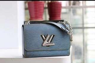LV TWISTED BAG 1:1 QUALITY 50272#  310 (💰)  L : 23cm x H : 18cm x W : 9cm