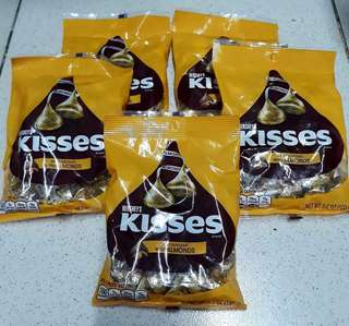 Hershey's kisses with Almond (150g)