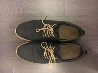 Men's dress shoes size 11 - call it spring