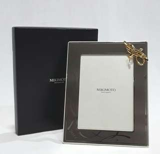 MIKIMOTO International Pearl Picture Frame