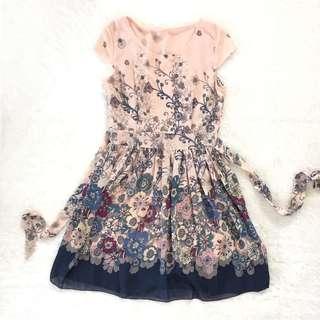 Flare dress bunga