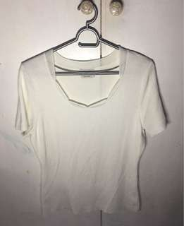 🌈Pre-loved White Knitted Blouse
