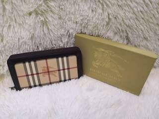 Burberry Zippered Long Wallet
