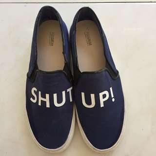 SEPATU SLIP ON PULL AND BEAR