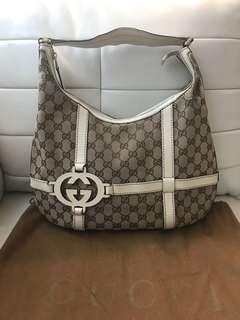 Authentic Gucci Signature Hobo Handbag