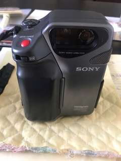 Sony Video Camrea Hi 8 CCD-SC5