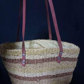 Rattan hand bag