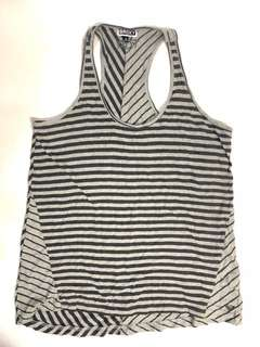 🚚 Roxy 澳洲衝浪泳衣品牌無袖斜紋顯瘦100%純棉上衣
