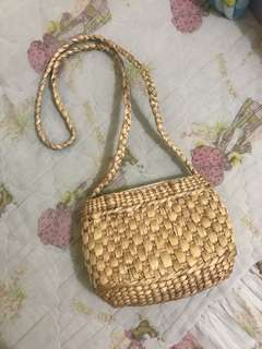 Straw mini shoulder bag