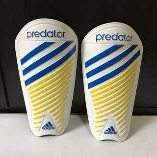 dekker futsal (shin guards) adidas predator ori size s