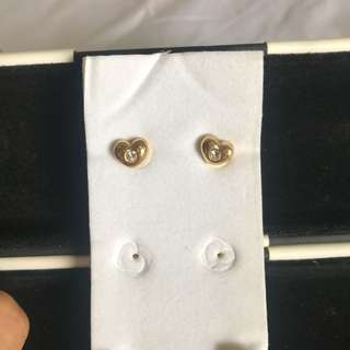 Fancy gold heart earrings